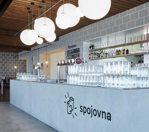 5 pražských minipivovarů, které sází na vkus a originální interiér