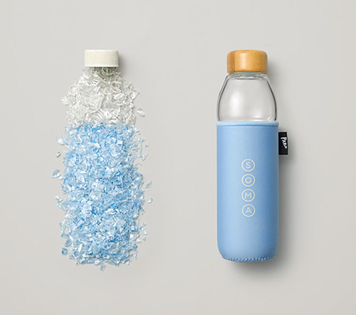 Soma navrhla lahve vyrobené z recyklovaných plastů nalezených v oceánech