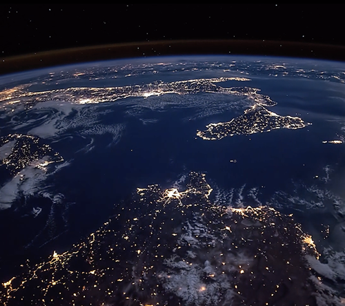 Americký fotograf udělal časosběrné video planety Země zachycené z ISS