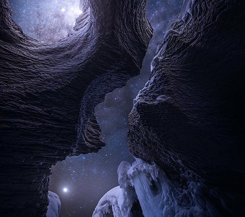 Daniel Greenwood fotí pohádkové záběry inspirované vesmírem, hvězdami a videohrami