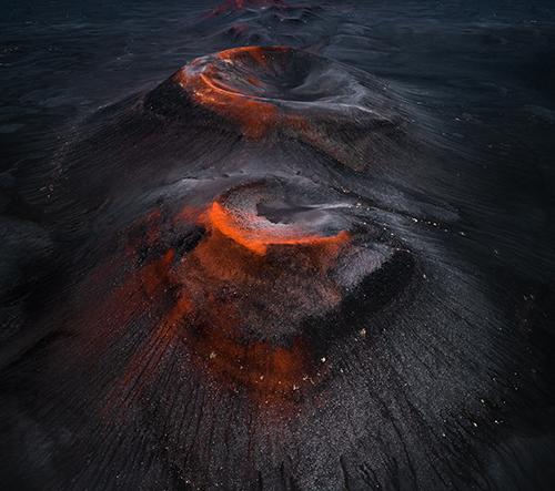 Tom Hegen fotí krásu kráterů a vulkánů