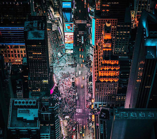 Fotograf Dylan Schwartz zachytává život amerických velkoměst ze střech mrakodrapů