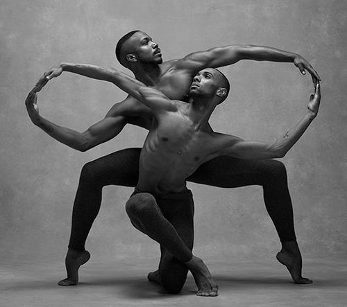 Deborah Ory společně s NYC Dance Project vzdávají hold kráse tance