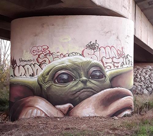 Street art umělec Sock vytváří dechberoucí graffiti jako odraz moderní doby