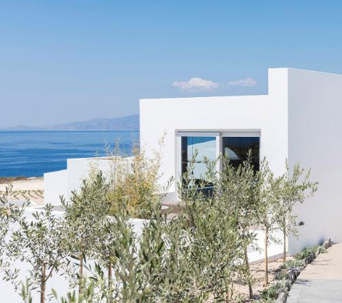 Studio Kapsimalis Architects navrhlo prázdninovou vilu inspirovanou tradičními domky na ostrově Santorini