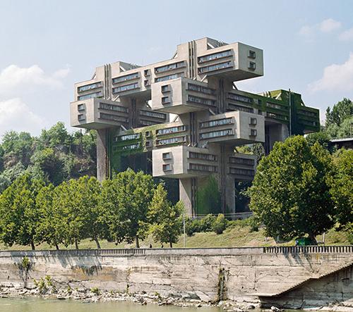 Frédéric Chaubin fotí komunistické futuristické stavby a objekty