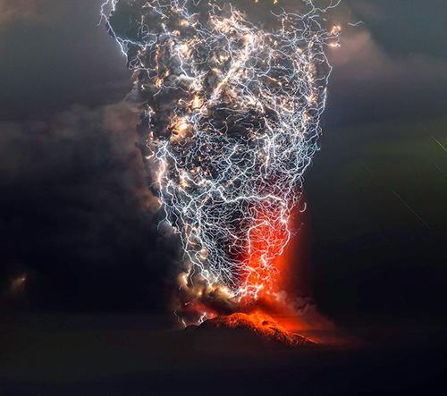Francisco Negroni fotí úžasné snímky vulkánů