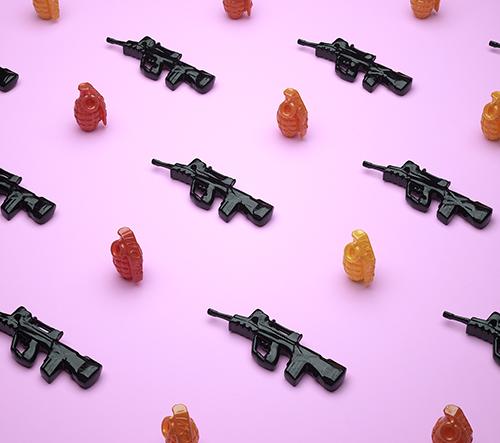 Umělec Cristian Girotto ve své sérii 3D grafik s politickým nádechem transformuje bonbóny ve zbraně