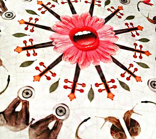 Surrealistické ručně malované kachličky od Surrealejos slaví úspěchy po celém světě
