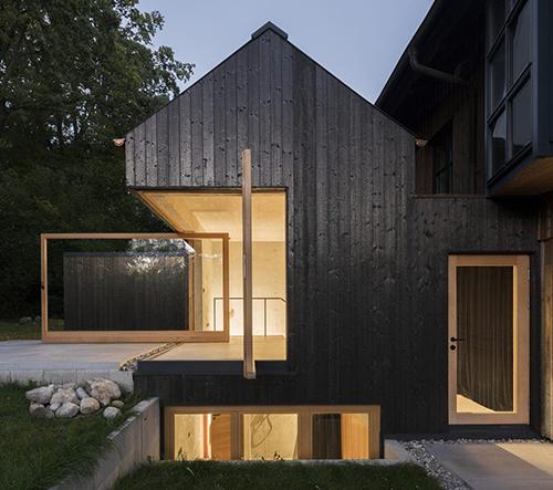 Studio Buero Wagner navrhlo modulární dřevěné bydlení poblíž německého Ammersee