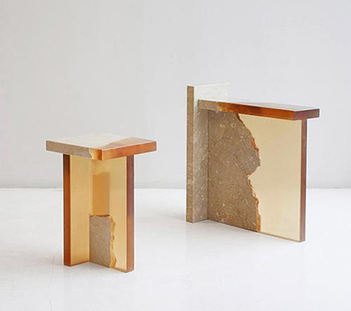 Fict Studio využívá odpad z mramoru v kombinací s pryskyřicí ke tvorbě minimalistického nábytku