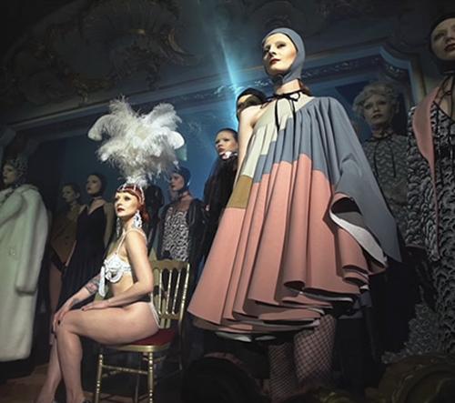Zuzana Kubíčková představila dekadentní módní kolekci na podzim 2017
