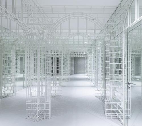 Studio Nendo navrhlo obchodní komplex, který nabízí úplně nový zážitek z nakupování