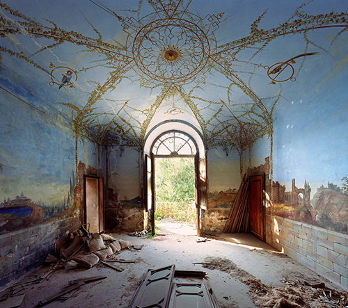 Thomas Jorion zachytil na svých fotografiích krásu opuštěných historických budov v Itálii