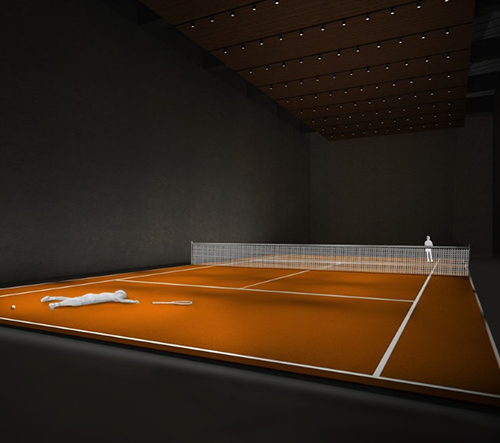 Berlínská galerie vystavuje tenisový kurt v reálné velikosti s padlým chlapcem