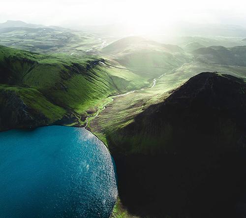 Gabor Nagy fotí dechberoucí záběry Islandu z ptačí perspektivy
