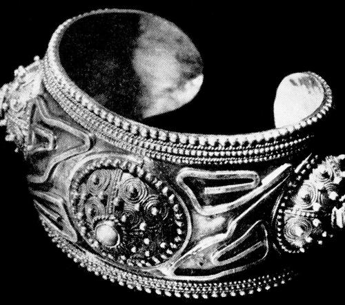 Německo vystavuje unikátní šperky z mezinárodního sympozia Jablonec '68