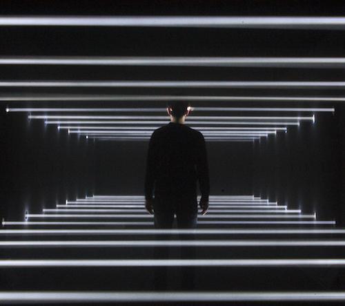 Guillaume Marmin objevuje vztah mezi světlem a prostorem