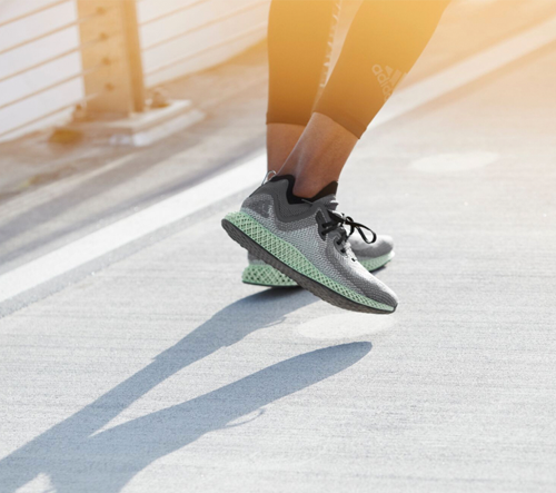 Značka adidas navrhla nové běžecké boty vytvořené 3D tiskem