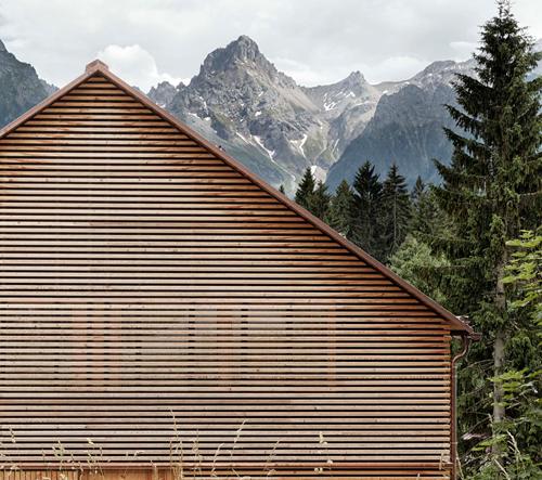 Domov v Alpách byl postaven, aby poskytoval oddech od chaosu města