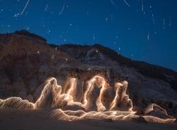 Vitor Schietti maluje světlem a tvoří extravagantí fotografie přírody