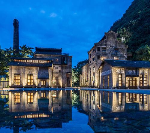 V Číně přestavěli starý cukrovar na stylový hotel Alila Yangshuo