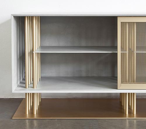 Francouzský Atelier d'Amis navrhuje nábytek inspirovaný staveništěm