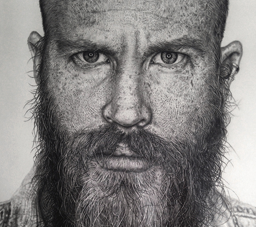 Monica Lee kreslí dokonale realistické portréty