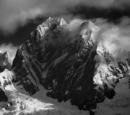 Allan L'héritier nafotil pozoruhodné monochromatické fotky hor v Peru