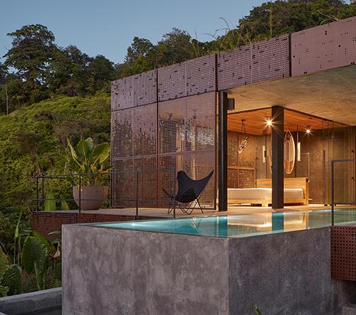 České studio Formafatal navrhlo soukromou Atelier Villu pro majitele resortu na Kostarice