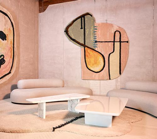 Faye Toogood's představuje hravé pastelové koberce inspirované čmáranicemi