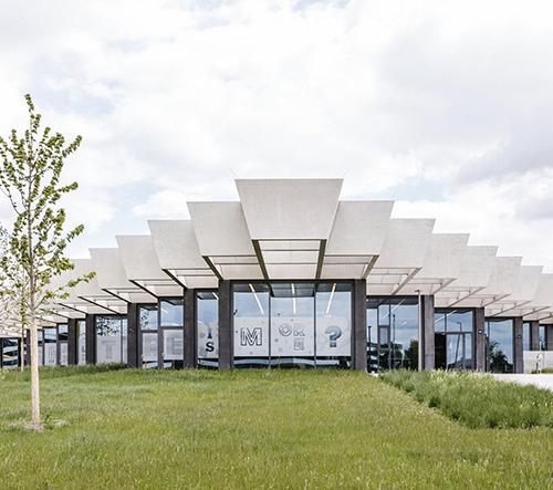 Adidas otevřel v Německu novou víceúčelovou centrálu s předváděcím centrem