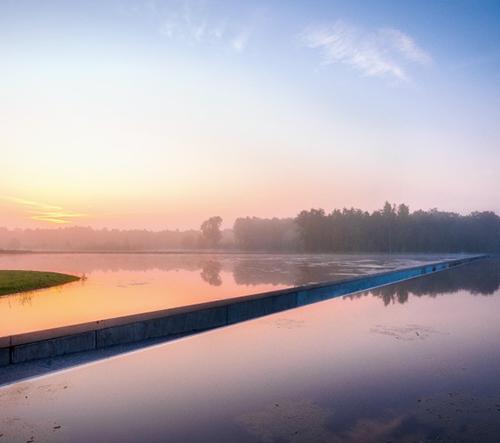 Úžasné cyklostezky v Belgicku vedoucí skrz vodní plochy berou dech
