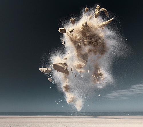 Claire Droppert zachycuje fantastické stvoření v písečných oblacích
