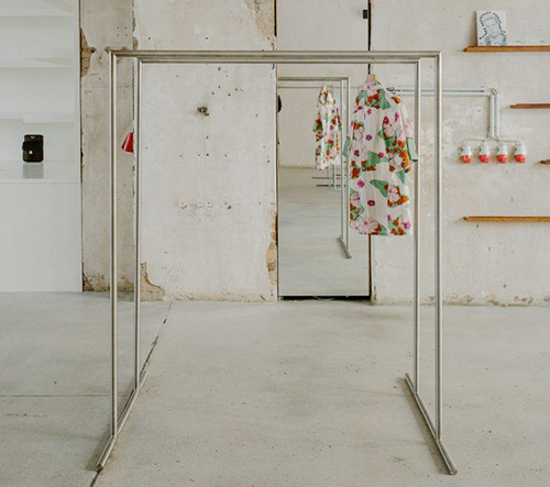 Voo Store je minimalistický butik v Berlíne inspirován primitivní estetikou