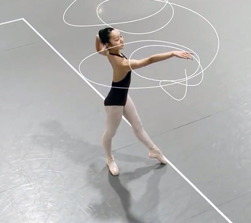 Skupina Euphrates vytvořila krátký film, který sleduje pohyby baleríny