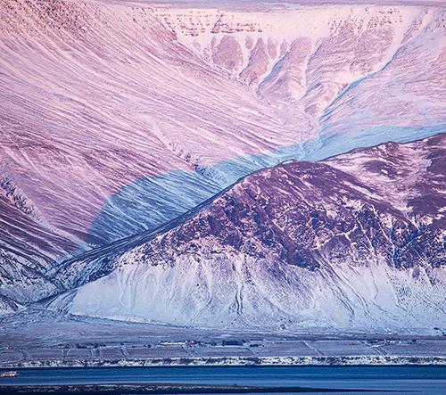 Patricja Pati Makowska nafotila snové snímky zimního slunečního světla na Islandu