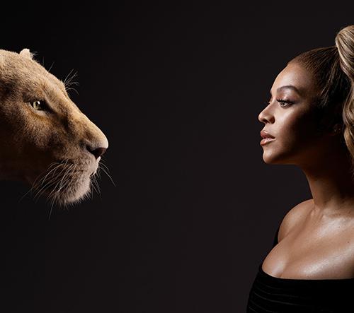 Herci z Lvího krále čelí na fotkách svým postavám z filmu
