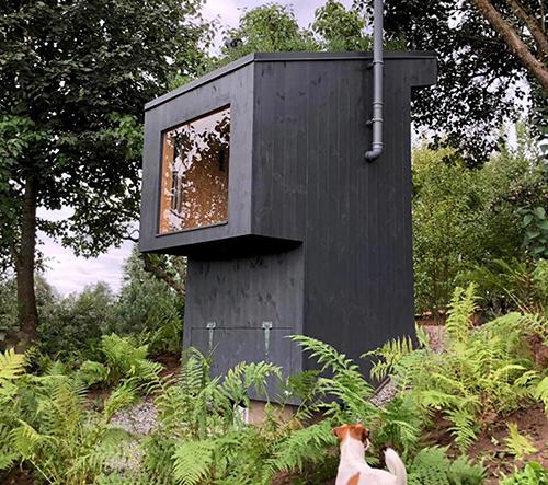 Z-Bioloo je luxusní venkovní bio toaleta s vyhlídkovým oknem